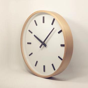 Wall Clock Modern Personality Numeral Minimalis Simple Mute Bedroom Living Room Japanese-style Beech Frame Quartz Decoration
