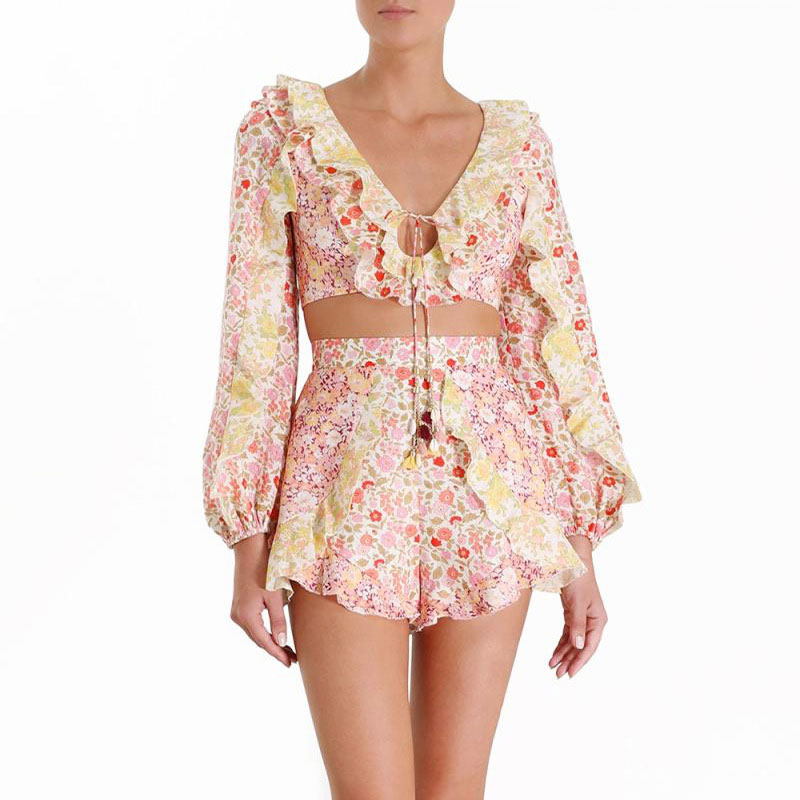 2020 New Arrival Women 2 Pieces Set Sexy Flower Top Blouse And Shorts Holiday And Vocation Ruffled Style Two Piece Set Shorts