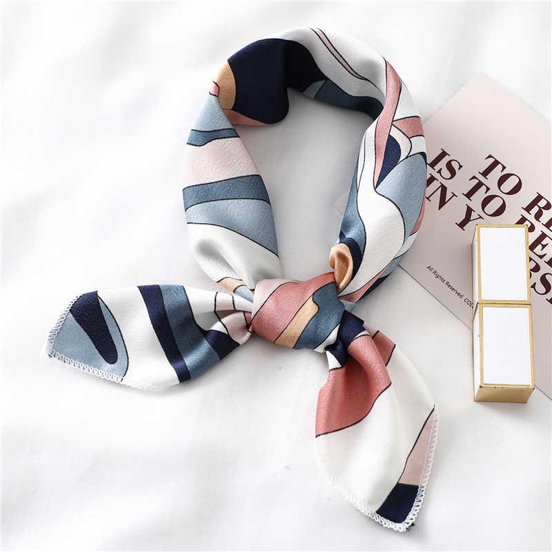 Kare ipek eşarp kadın moda baskı küçük boyun eşarplar ofis bayan saç bandı fular mendil kadın Bandana şal 2020