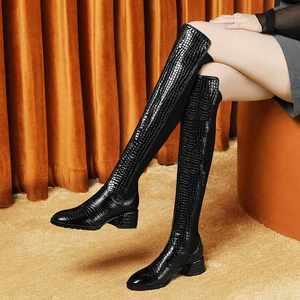 Image 4 - Krazingポットゴージャスなプリント牛革ストレッチラウンドトウハイヒールサイドジップ冬保温成熟した女性腿の高ブーツL23