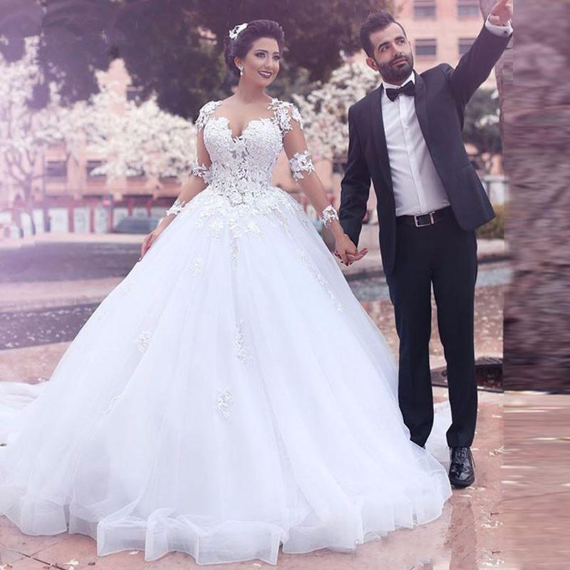 Saudi Arabic Middle East Ball Gown Wedding Dresses Sheer Jewel Long Sleeves Lace Appliques Backless Long Vestidos Bridal Gowns