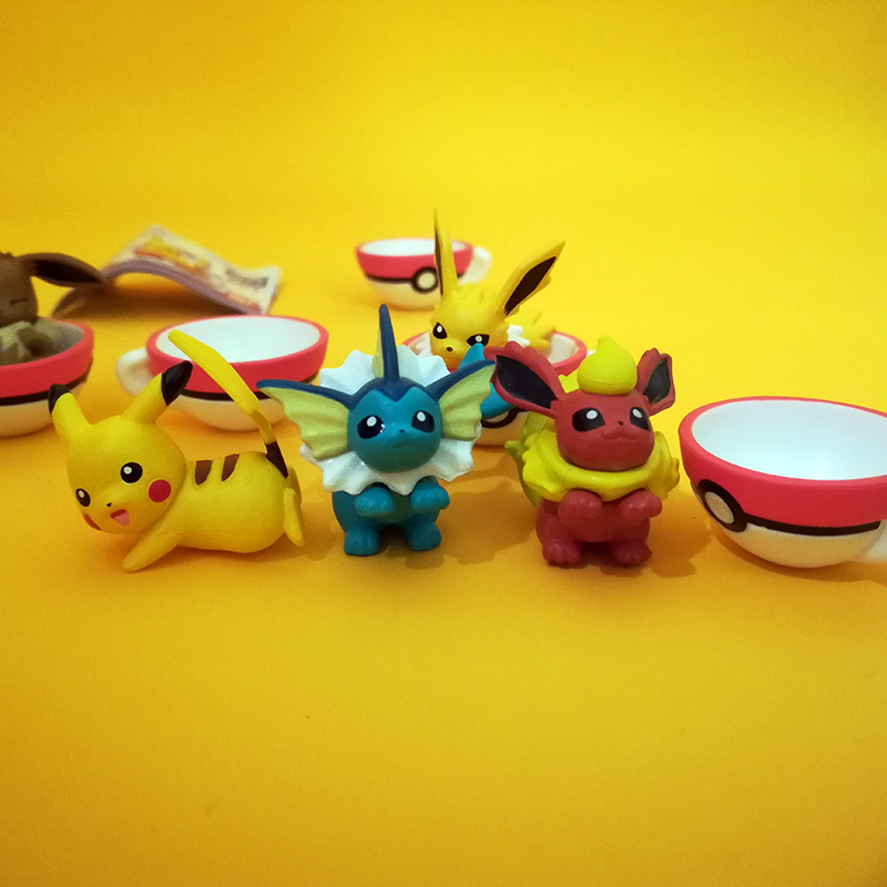 TAKARA Pikachu Eevee Action Figure POKEMON Big Head Doll Sleep Elf Series Ball Children Toy Gifts 5pcs/set image