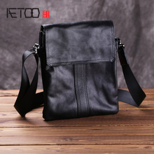 AETOO Leather men's bag, male head leather casual shoulder bag, business simple postman bag
