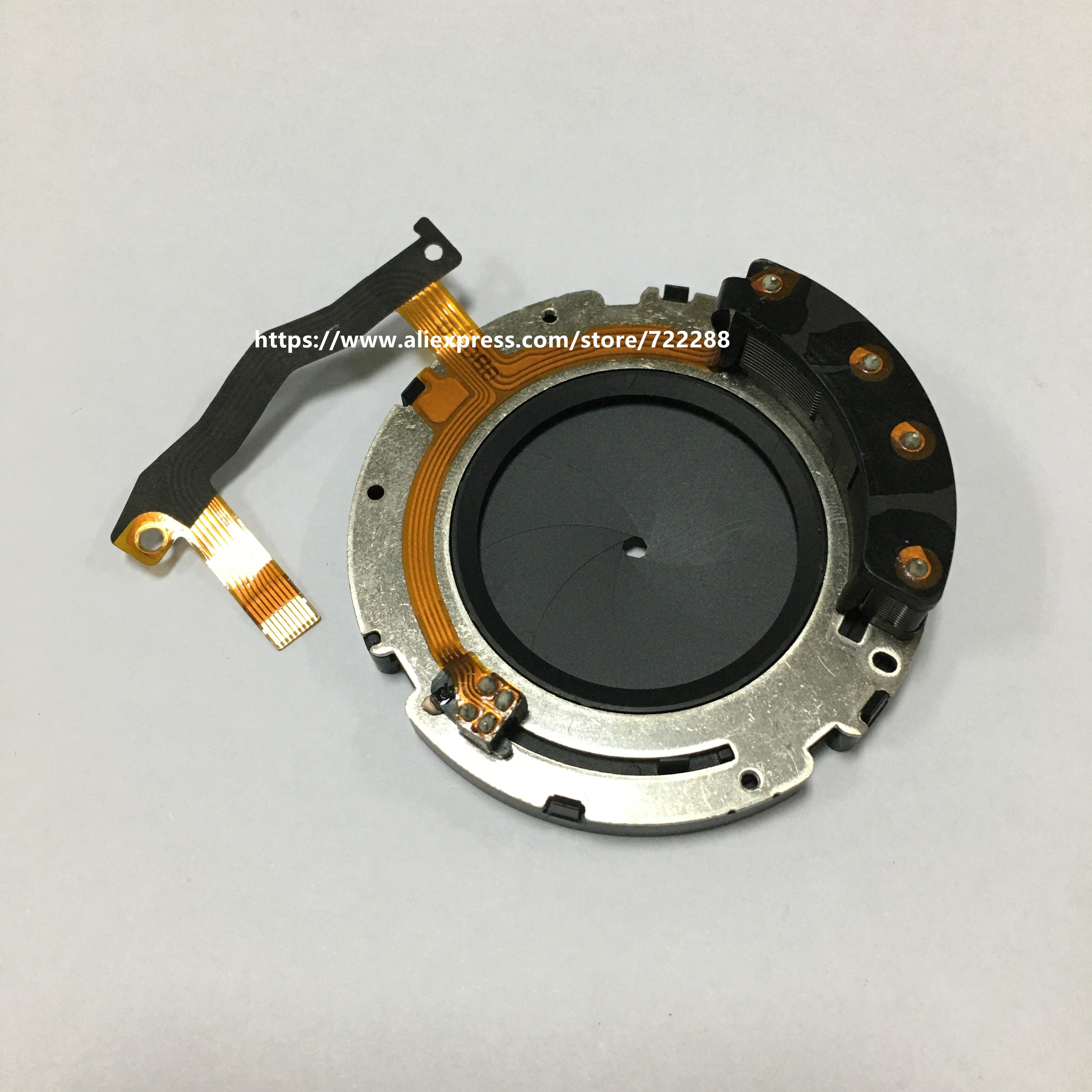 Canon EF 24-70mm F//2.8 L USM Lens Replacement Collar Part OEM New YF2-2010-000