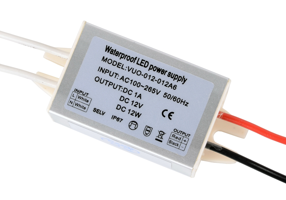 fuente de alimentaci/ón LED 24V Transformador LED IP67 20W 100~264VAC a 24VDC Convertidor de energ/ía Controlador LED