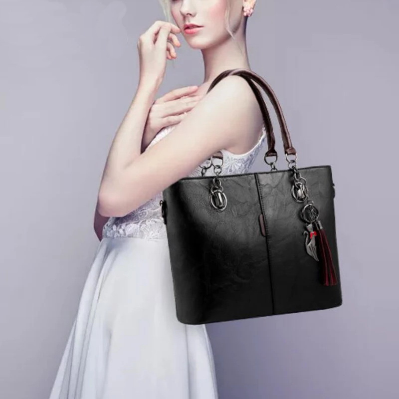 Image 3 - Gradosoo Vintage Tote Bag For Women Leather Handbag Large Capacity Shoulder Bag Women Top Handle Bag Messenger Bag Female HMB647-in Top-Handle Bags from Luggage & Bags