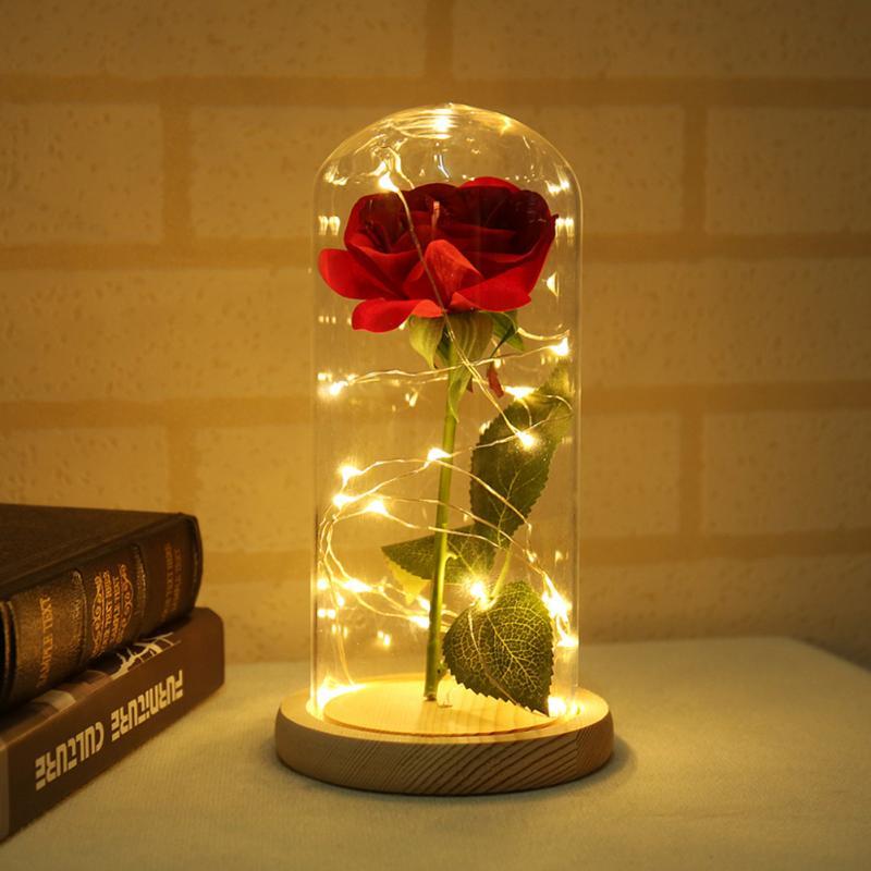 Schönheit Und Das Biest Rot Ewige Rose In EINEM Glas Dome Mit LED Licht Holz Basis Für Valentine'S Muttertag geschenke