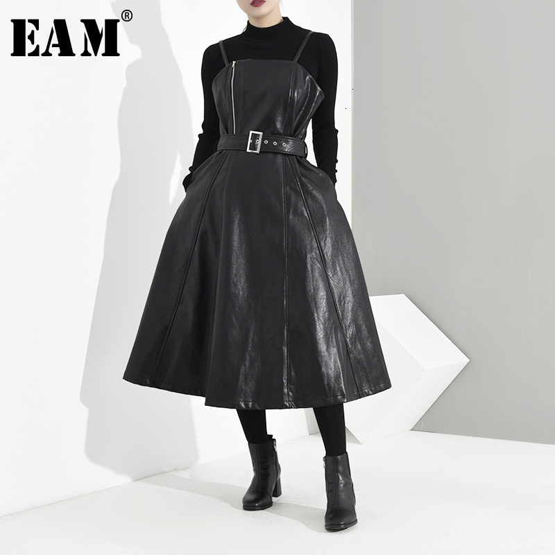 [EAM] Women Black Zipper Split Bandage Leather Dress New Straplesss Sleeveless Loose Fit Fashion Tide Spring Autumn 2020 JD0320