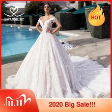 Swanskirt przepiękna suknia balowa suknia ślubna Off the Shoulder zroszony aplikacje 3D kwiaty księżniczka panna młoda Vestido de Noiva K175