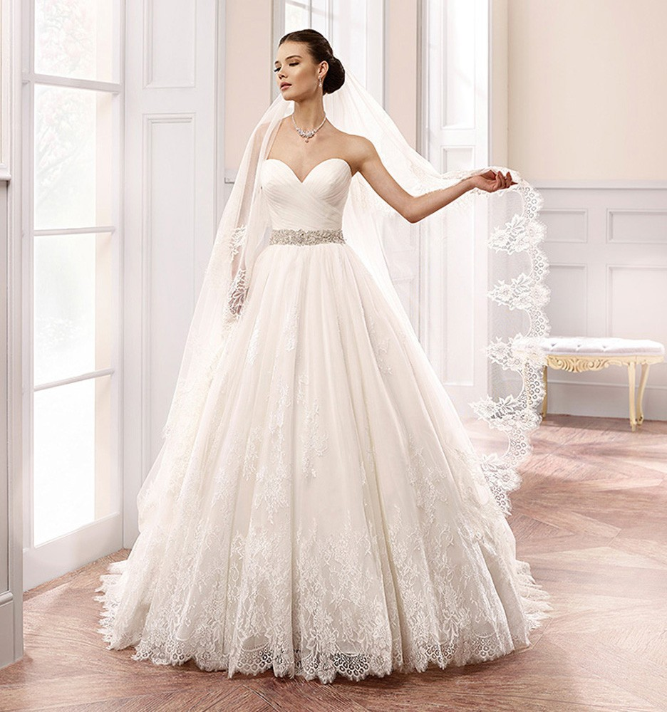 2016 Amazing Design White Princess Wedding Dresses Sweetheart Crystal Belt Lace Bridal Gowns Custom Made Simple W3612