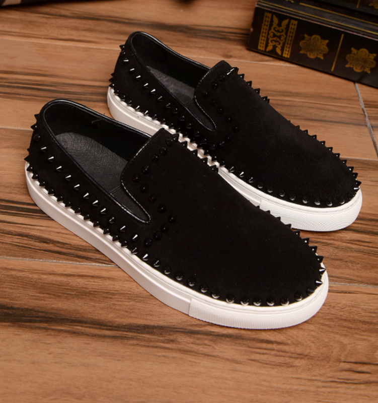 New Arrival Mens Fashion Party Night Club Breathable Soft Leather Rivet Shoes Slip On Lazy Shoe Flat Platform Loafer Personality