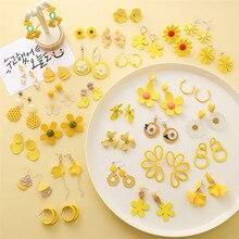 Korean Women Fashion Love Heart Candy Drop Earrings Simple Geometric Acrylic Flower Dangle Earring Sweet Yellow Earrings Jewelry