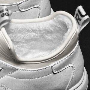 Image 4 - SUROM Warm Kurze Plüsch herren Winter Schuhe Dicken Boden Wasserdichte Stiefeletten Männer Weichen Bequemen Klassische Schwarz Weiße Turnschuhe
