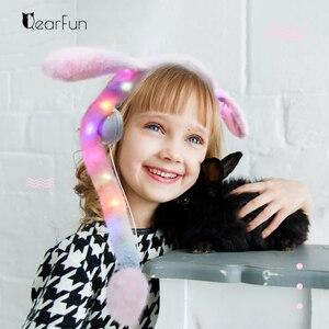 Image 2 - Fones de ouvido femininos com fio, fofos, com luz de led, desenhos animados, anime, headset para computador, celular mp3, presentes para crianças