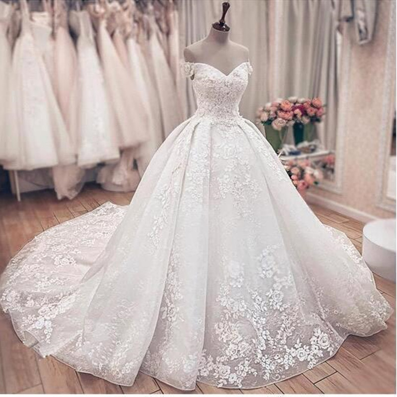 Gorgeous Lace Ball Gown Wedding Dresses Princess Off The Shoulder Lace Up Back Muslim Bride Wedding Gowns Custom Made
