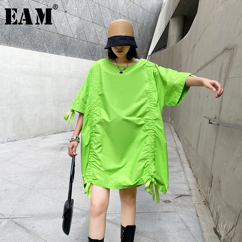 [EAM] Women Green Drawstring Big Size Dress New Round Neck Three-quarter Sleeve Loose Fit Fashion Tide Spring Summer 2020 1W564