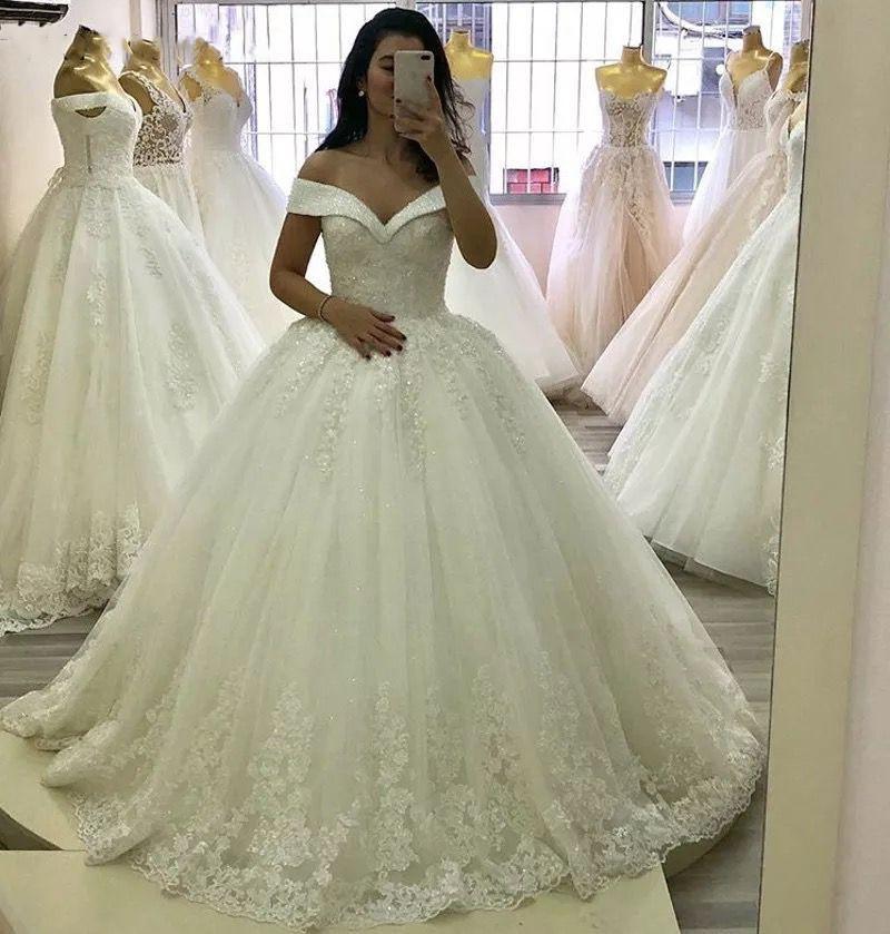 Luxury Crystal Beads Princess Wedding Dresses Lace Applique V Neck Off Shoulder Bridal Gowns With Lace Up Back vestido de noiva