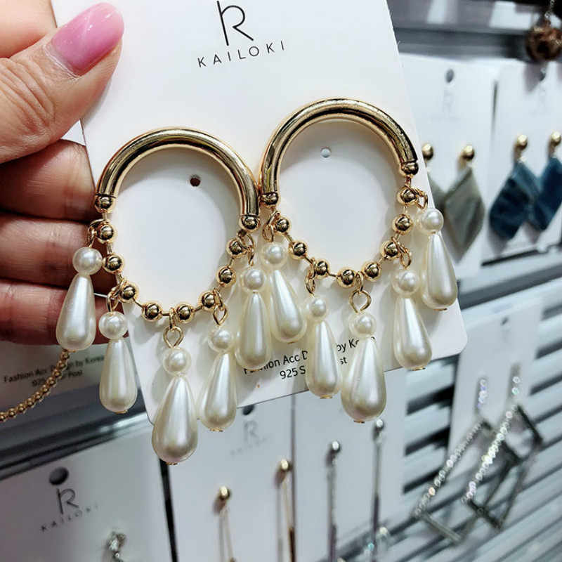 2019 New Arrival Simulated-pearl Classic Women Dangle Earrings Creative New Style Exaggerated Fashion Female Tide Korean Jewelry