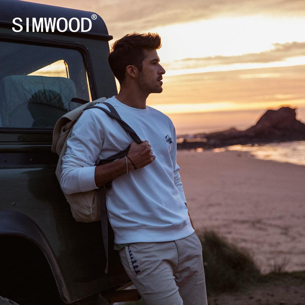 SIMWOOD 2020 Spring New Hoodies Men Logo Embroidery Fashion Jogger Sweatshirt Plus Size Fashion Brand Clothing  SJ170158