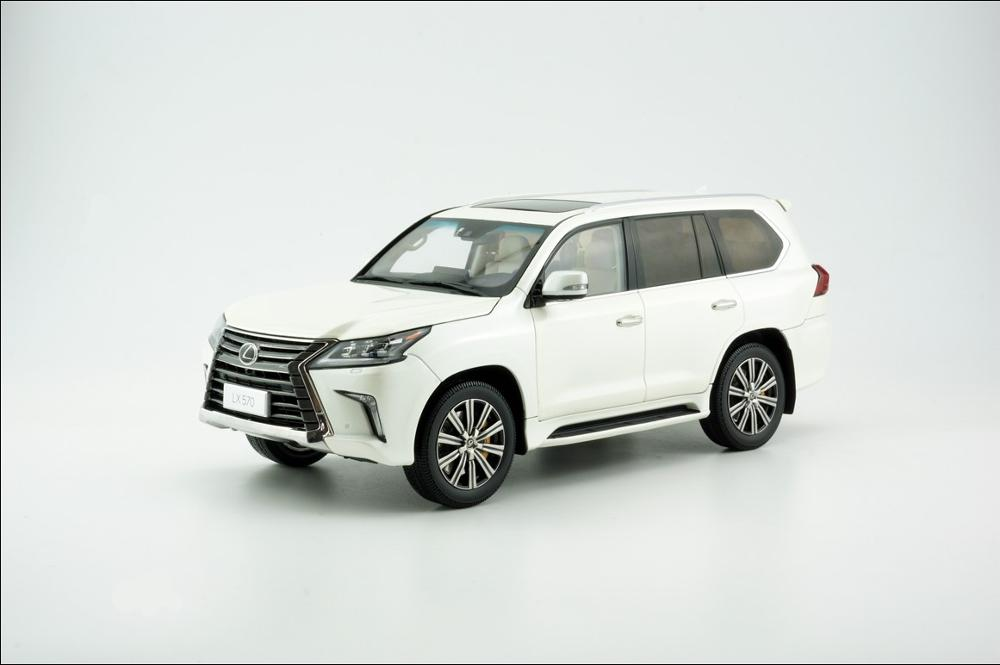 1:18 Diecast Model For Lexus LX570 2019 SUV Alloy Toy Car Miniature Collection Gifts Hot Selling LX 570