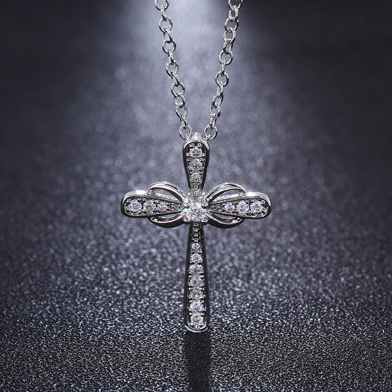 Huitan Exquisite Silver Color Cross Pendent Necklace Dancing Party Anniversary Birthday Gift Fashion Accessory Hot Sell Necklace