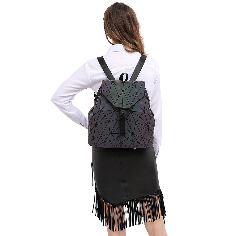 Image 3 - 女性バックパック発光幾何チェック柄スパンコール女性バックパック十代の少女 Bagpack 巾着バッグホログラフィックバックパック    グループ上の スーツケース