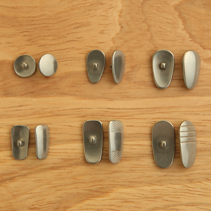 Wholesale Pure Titanium Nose Pads Nose Pad Eyes Pad Metal Care Glasses Parts Sunflower Seed Water Droplet Circle Square
