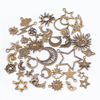 цена 40pcs Vintage Charms Mixed Charms Pendants Steampunk Metal Zinc Alloy Stars Sun Moon Charms for DIY Jewelry Making Bracelets онлайн в 2017 году
