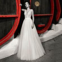 Настоящее длинное свадебное платье из тюля с бусинами v образным