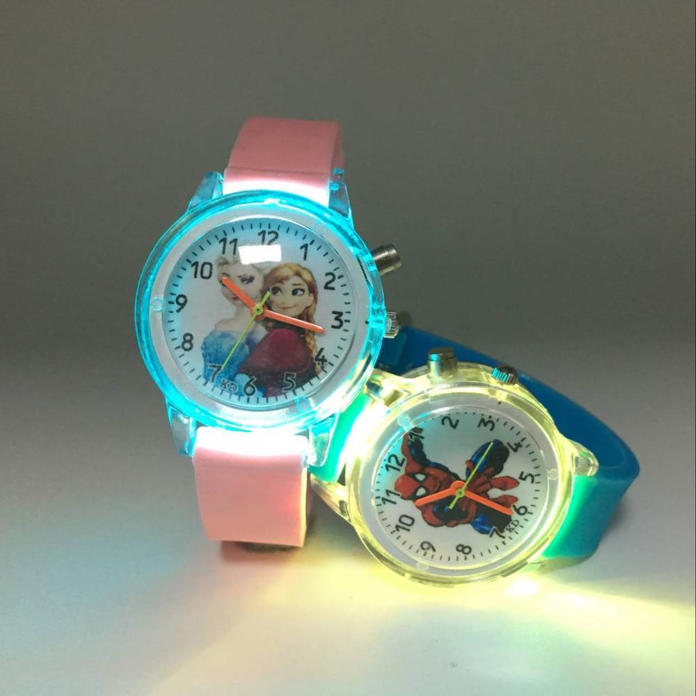 Colorful Flash Light Kids Watches Pink Jelly Princess Elsa Quartz Watch Girl Spiderman Cartoon Watch Boy Fashion Student Watches