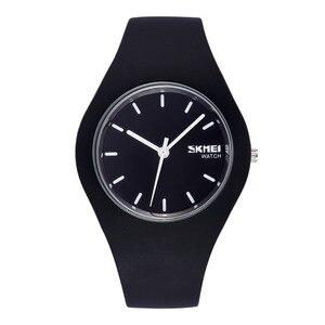 Image 1 - New Fashion Women Sports Watch Silicone Men Casual Watch Quartz Watch Clock Student Relogio MasculinoRelogioFeminino RelojMujer