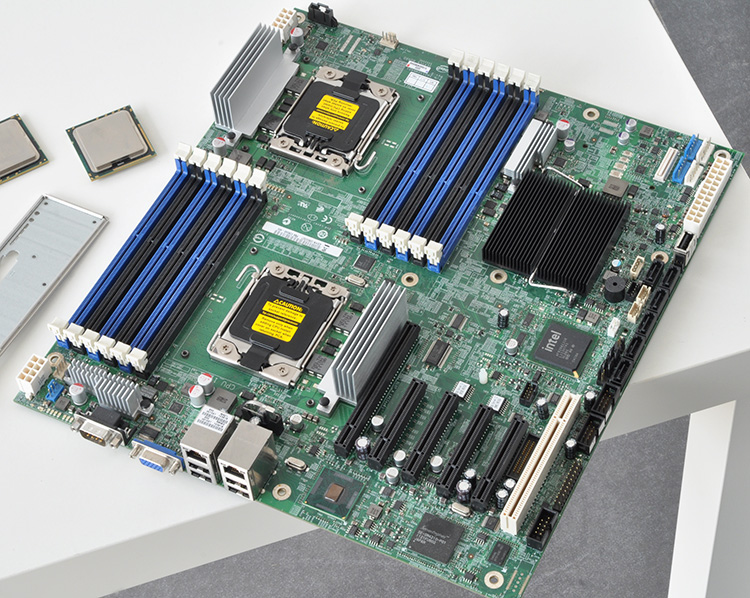 S5520HC Dual 1366 X58 Server Board Support Xeon 6-core ECC REG Memory 12 Memory Slots Used Motherboard