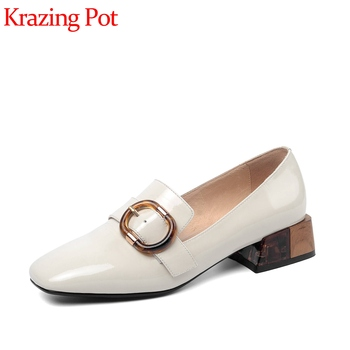 Krazing pot 2020 new vintage genuine leather square toe thick med heels buckle decorations deep mouth slip on spring pumps L61