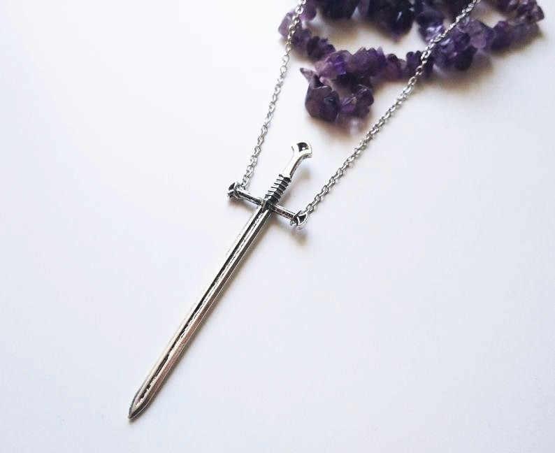 כסף מצופה חרב שרשרת גדול חרב חרב תליון לוחם ארוך שרשרת פגיון טארוט סמוי כהה קלאסי מתנת גברים חדש