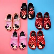 Новинка года; летняя модная мягкая прозрачная обувь для девочек; милые сандалии из ПВХ с рисунком Минни и бабочки; детская обувь для сада