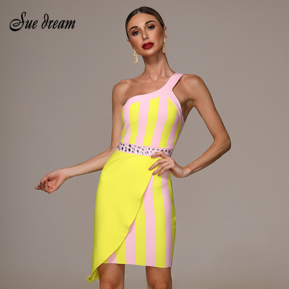 2019 Autumn New One-shoulder Irregular Beaded Bandage Dress Strapless Sexy Party Christmas  Dress Wholesale
