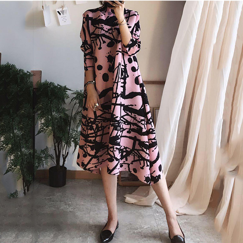 2020 New Spring And Summer Three Quarter Sleeves Printed Turtleneck Pullover Loose Pleated Vintage Dress Female Vestido WK82914A