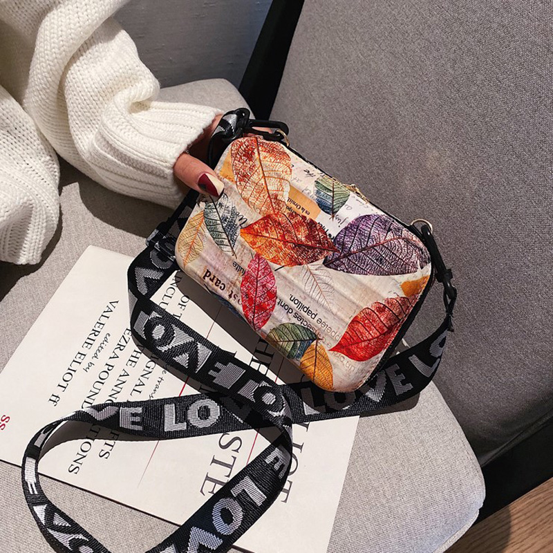 11 Color Wide Letter Strap Shoulder Bags Women Cartoon Prints Small Luggage Handbag Suitcase Shape Tote Mini Box Bag Clutch Bags