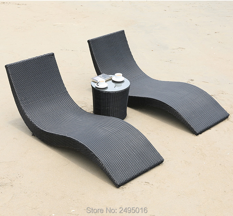 Metal Frame With Rattan Sun Lounger For Pool / Garden / Beach -all Weather