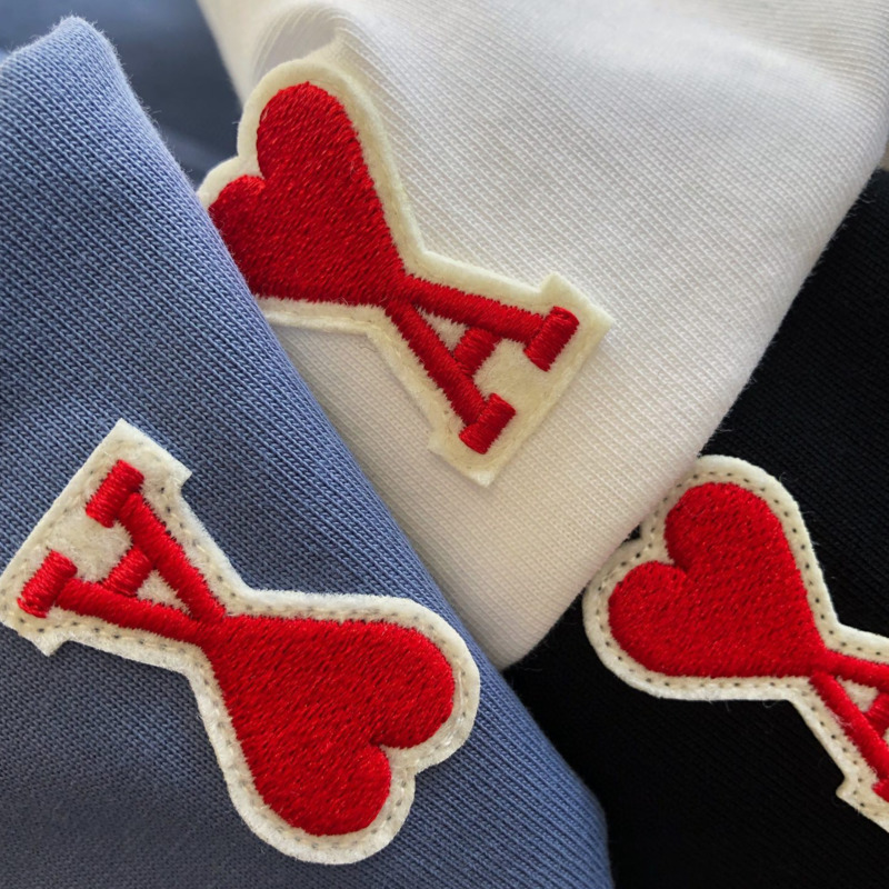 AMI Men Women O Neck Short Sleeve T-shirt Fashion Heart Embroidery T-shirt AMI Alejandre Mattiussi Summer New 2021