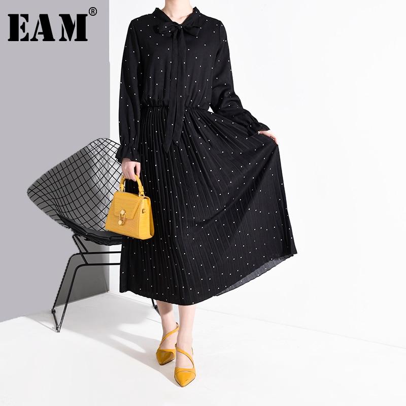 [EAM] Women Black Dot Printed Pleated Temperament Dress New Bow Collar Long Sleeve Loose Fit Fashion Spring Autumn 2020 JA23601
