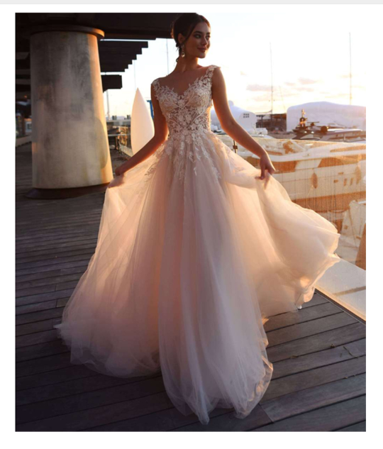 Lace Boho Wedding Dress Mermaid Style Sleeveless Appliqued Lace Bride Dress Elegant Vintage Lace Backless Informal Bridal Gown