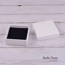 Boîtes à bijoux en papier kraft blanc de haute qualité, lot de 12 pièces, pour bagues, boucles d'oreilles, colliers, bracelets, logo personnalisé