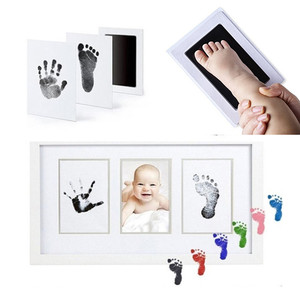 Safe Non-toxic Baby Footprints Handprint No Touch Skin Inkless Ink Pads Kits for 0-12months Newborn Pet Dog Paw Prints Souvenir