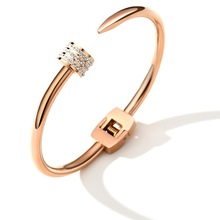 2020 Sale Fashion jewelry Personality fashion titanium steel nail bracelet Crystal from Swarovskis Simple for women gift luxury