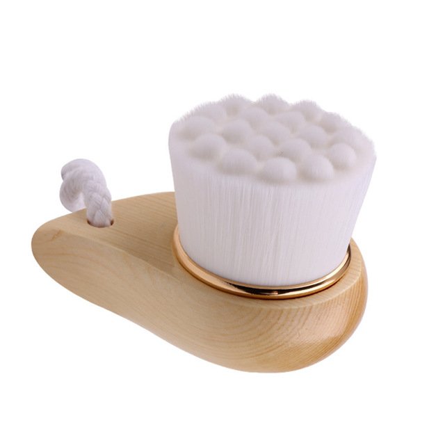 Wooden Horn Facial Cleansing Brush Deep Pore Clean Wash Face Comma Brush Soft Fiber Facial Beauty Tools 2
