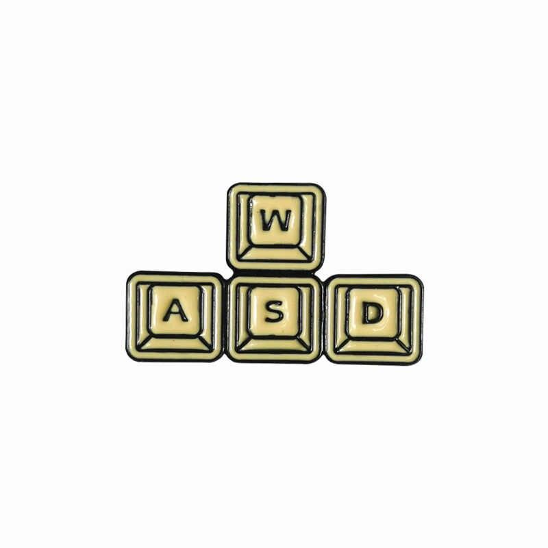 Cartoon Badges Classic Wasd Toetsen Broches Voor Vrouwen Mannen Spel Toetsenbord Emaille Pin Sieraden Voor Computer Gamer Accessoires