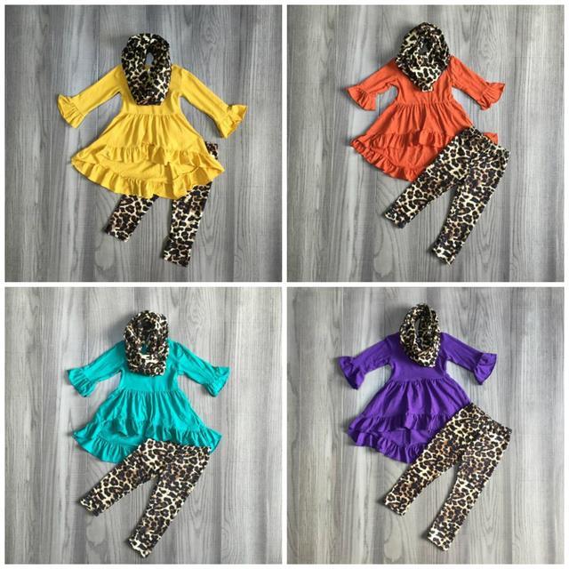 ใหม่ฤดูใบไม้ร่วง/ฤดูหนาวเด็กทารก 3 ชิ้นผ้าพันคอเสื้อผ้าเด็กมัสตาร์ดเสือดาวชุดผ้าฝ้ายแขนยาวชุด ruffles boutique