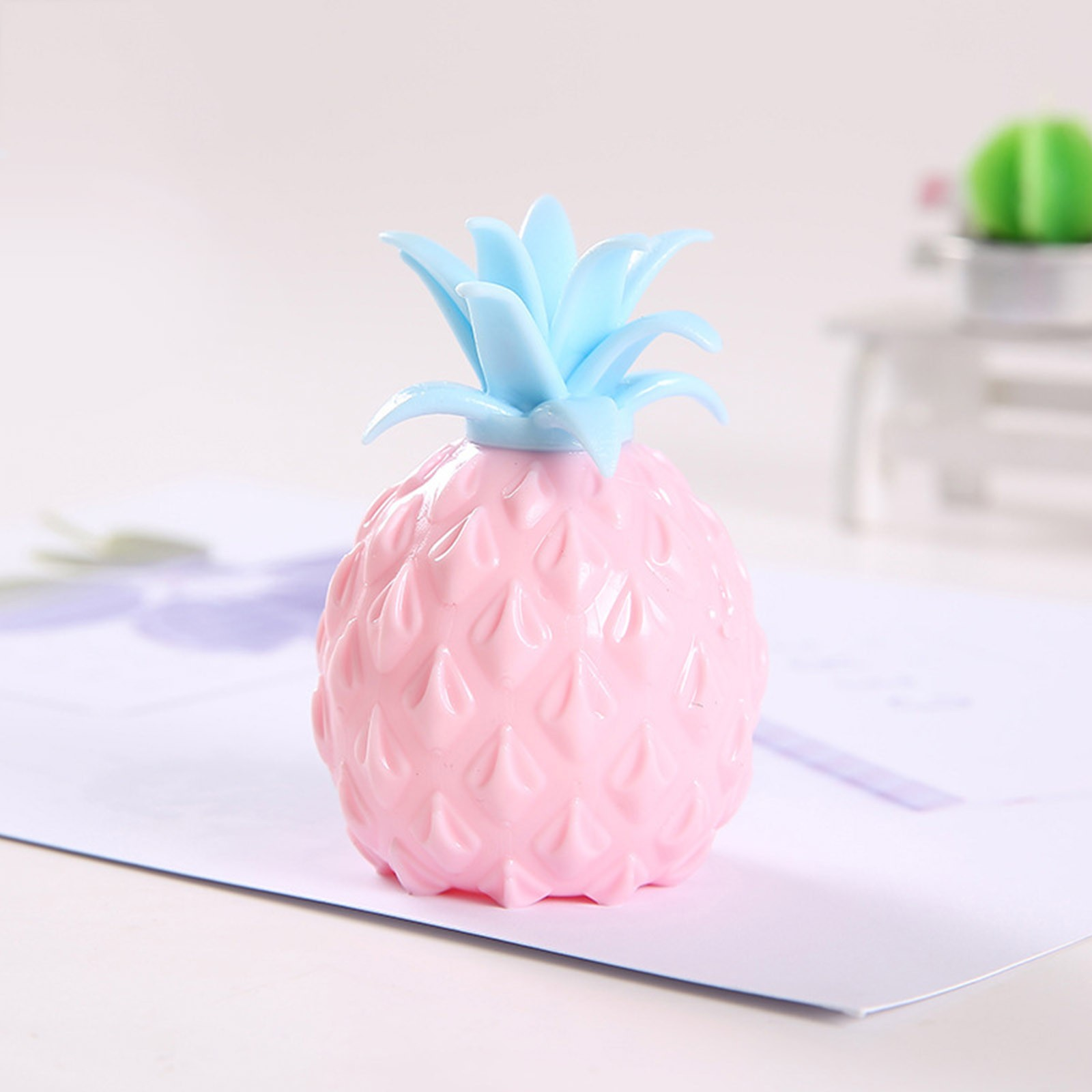 2021 Fidget Toys New Simulation Flour Pineapple Decompression Toy Office Pressure Release img5