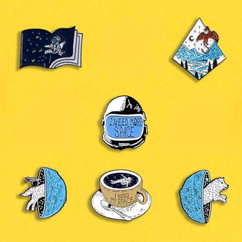 Odkrywanie Univer emalia szpilki potrzebuję więcej miejsca odznaki broszki ubrania kapelusz astronauta planeta przejście biżuteria prezent dla kobiet mężczyzn tanie i dobre opinie QIHE JEWELRY CN (pochodzenie) Ze stopu cynku Zwierząt XZ739 Przypinki moda Kobiety TRENDY over $5 trackable 100 New over $150 free fast express
